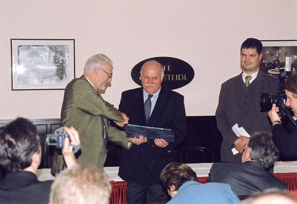 The Dr. Erhard Busek SEEMO Award for Better Understanding in 2008 to Kemal Kurspahic from Bosnia – Herzegovina / USA